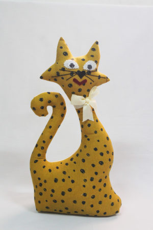 Gato de tela colección mostaza